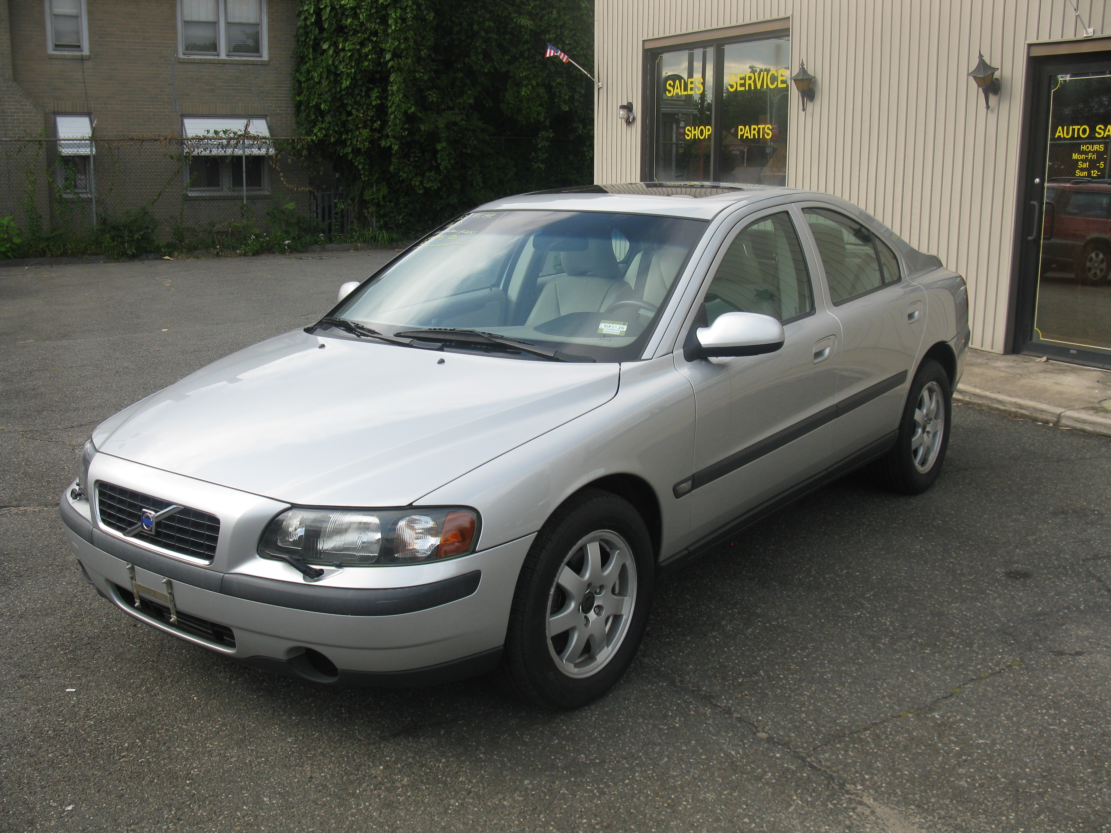 Rank Volvo Car Pictures  2002 Volvo S60 Awd Images